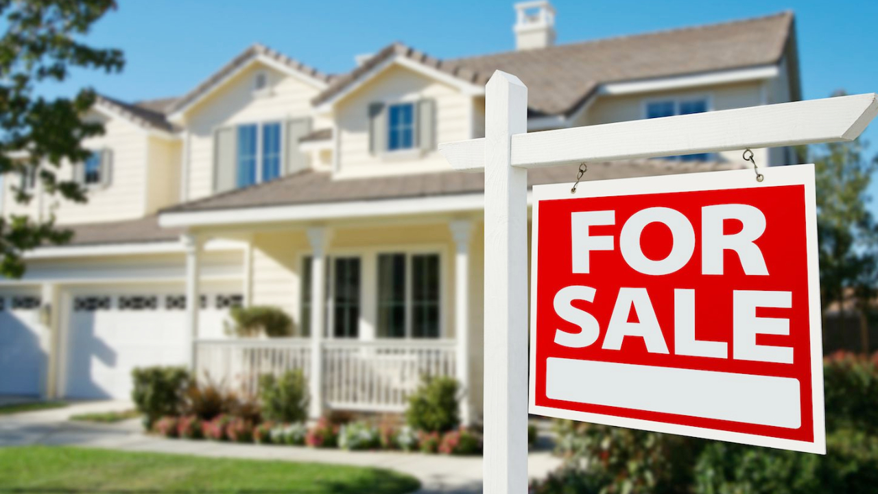US Real Estate Crisis: Home Sales Plunge to 9-Year Low, Mortgage Delinquencies to Soar Past Great Recession Level